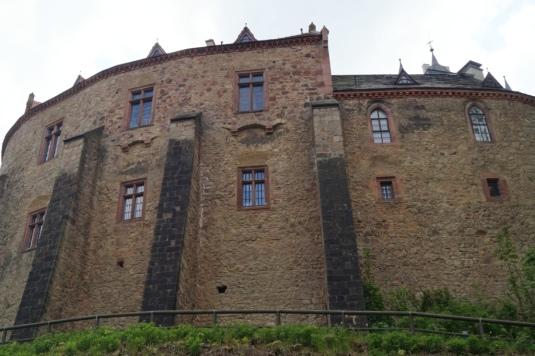 Burg-5